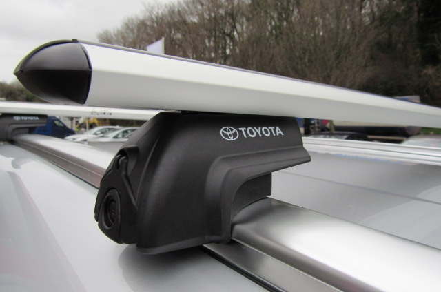 Toyota Roof Bars
